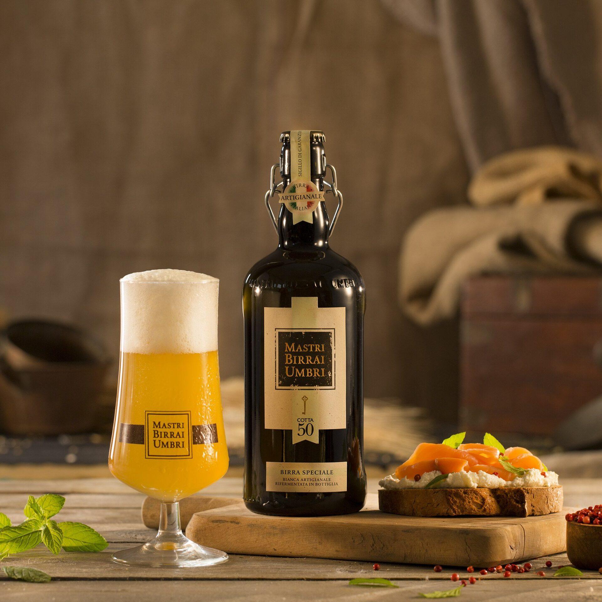 birra speciale bianca con tartine al salmone